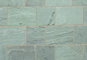 Natural-Stone-Setts-driveway-setts-silver-birch