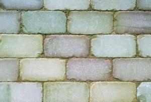 Natural-Stone-Setts-sawn-and-tumbled-autumn-bronze