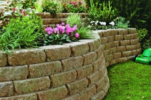 garden wall built with marshalls croft stone walling