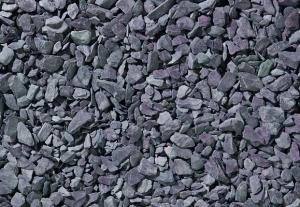 Decorative-aggregates-plum-slate-chippings-20mm